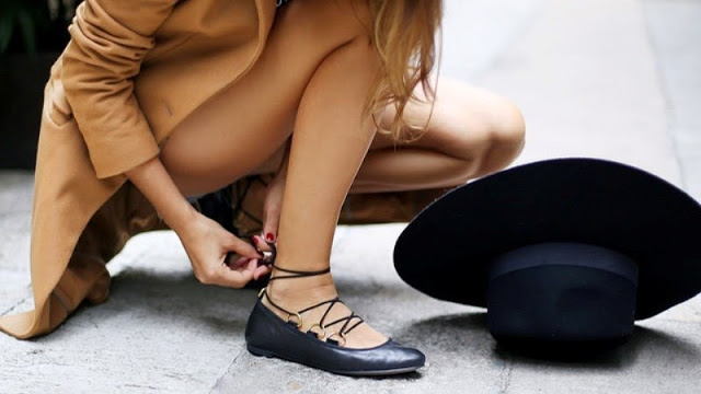 lovely-diy-lace-up-ballet-flats-3-800x450